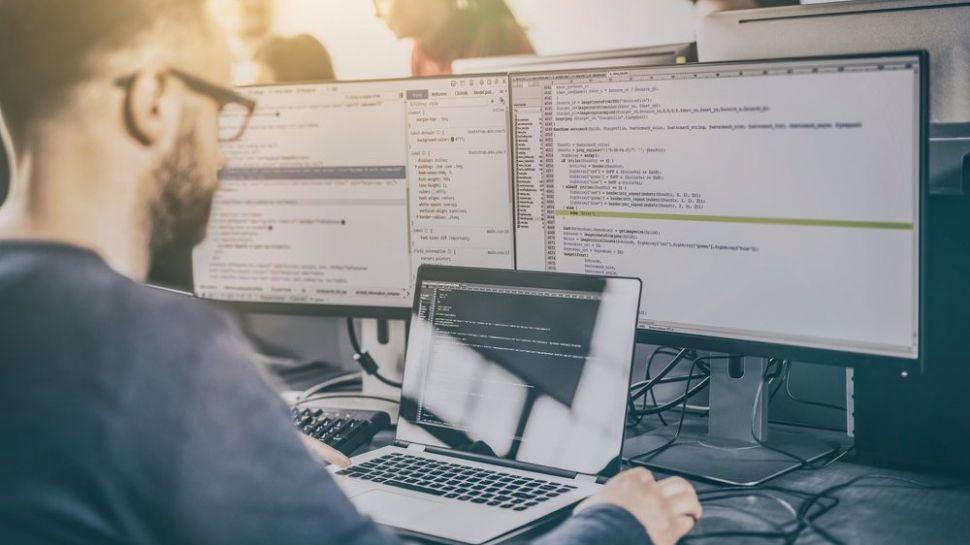 بهترین مانیتورها برای برنامهنویسی - کدفرند