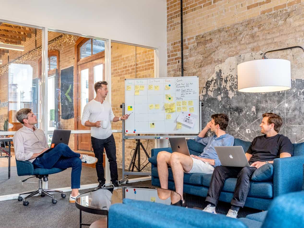 سوالات مصاحبه کاری برنامه نویس در شرکتهای بزرگ - کدفرند